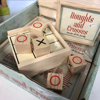 Vintage Collection: Noughts & Crosses