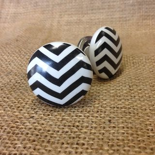 Knob Chevron Pattern
