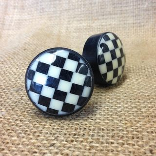Knob Checker Board