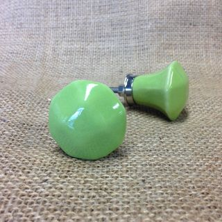 Knob Alice Shaped Green