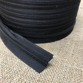 CONTINUOUS ZIPPER 5MM