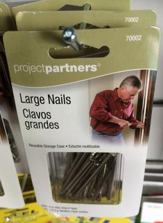 Nails, assorted large