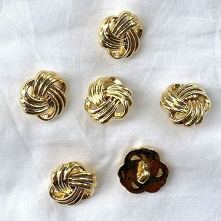 Button Gold Shanked 20mm