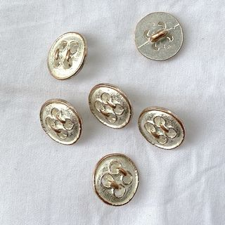Button Gold/Silver Shanked 15mm