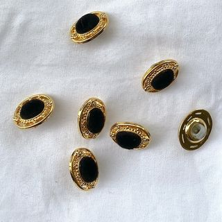 Button Gold Black Shanked 15mm