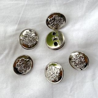 Button Silver Shanked 18mm