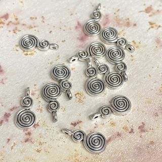 Charm 18mm Silver