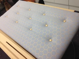 Learn how to make your own headboard. One day workshop class for upholstery tuition in New Zealand.