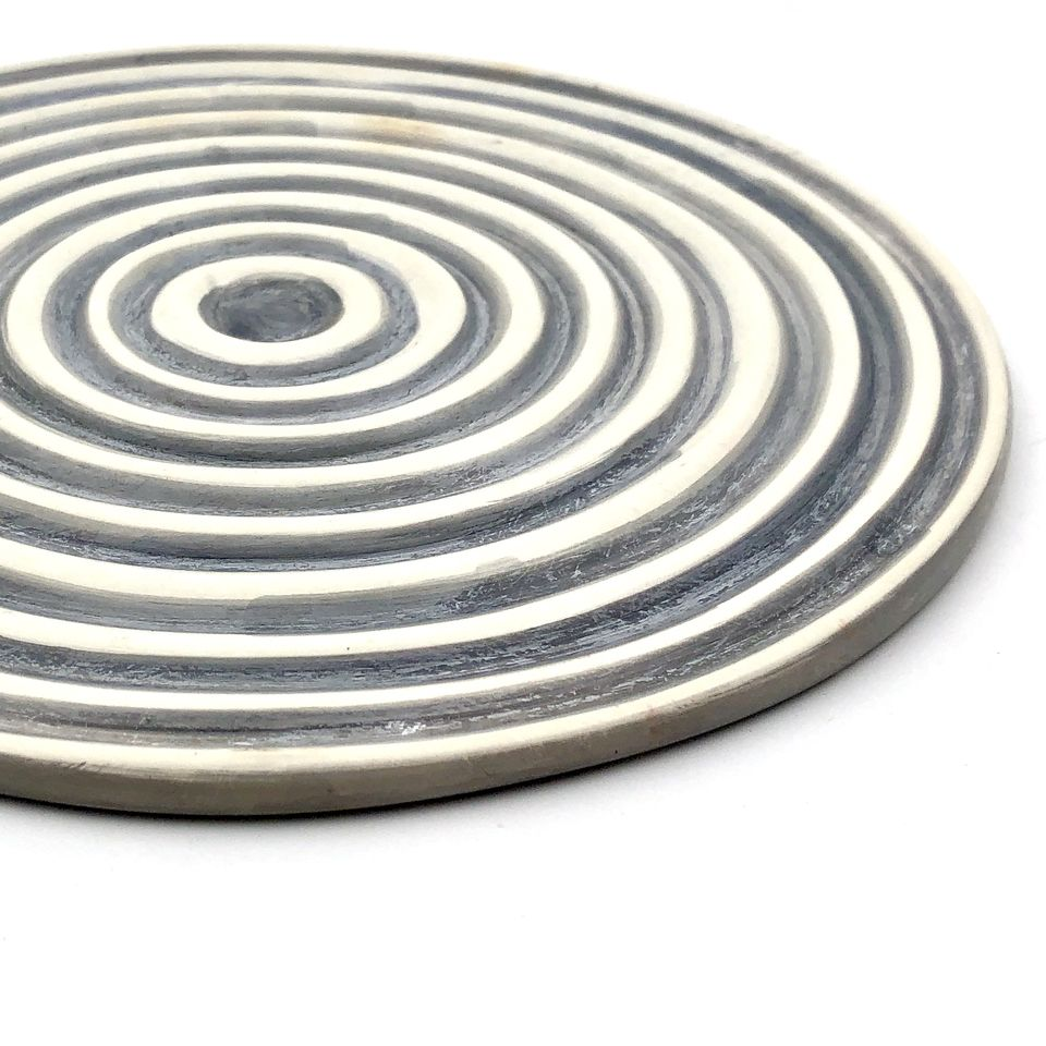 Stone Coil Pot Stand